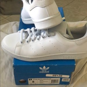 ❗️NWT ❗️ Adidas Stan Smith Adicolor Halo Sneakers